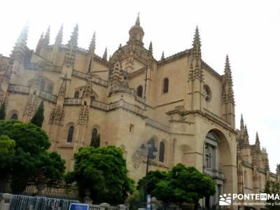 Destilería DYC - Segovia; agencia de viajes especializada viajes en grupos viajes organizados para